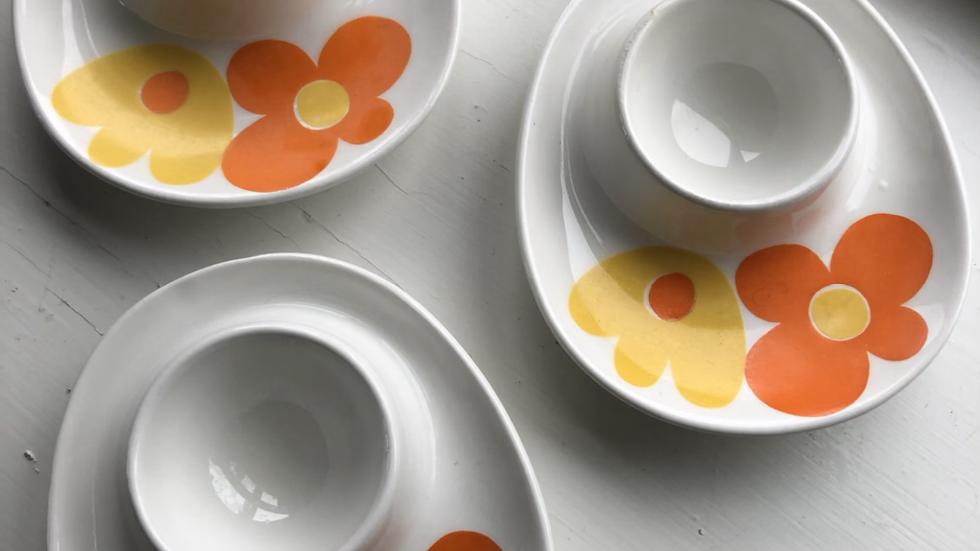 Tre eggeglass selges samlet
