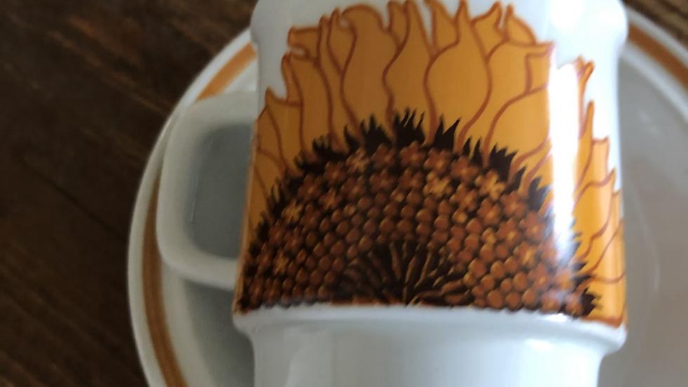 Solsikke kopp og skål fra Egersund
