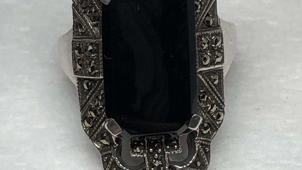Sølvring med sort onyx og malakitter