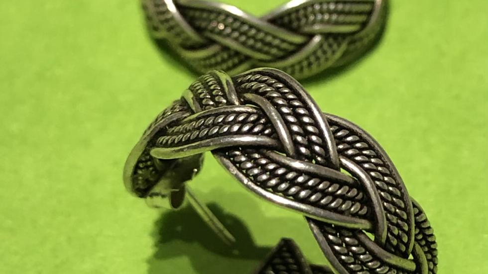 Flettede øreringer i sølv
