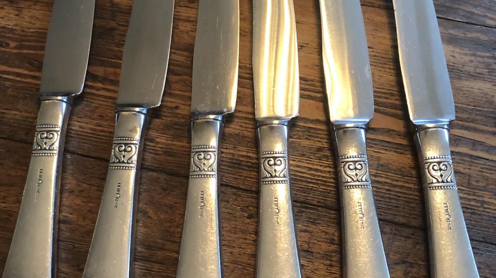 Spisekniver i sølvplett