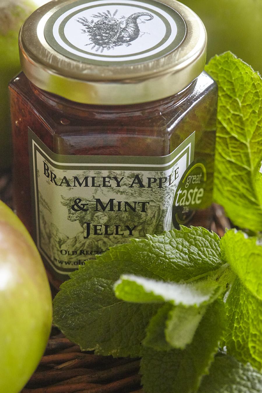 Bramley Apple & Mint