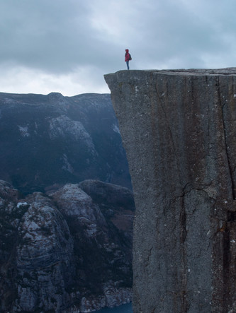 How to Walk to Pulpit Rock in Early Winter