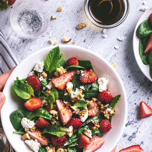STRAWBERRY, BASIL & GOATS CHEESE SALAD