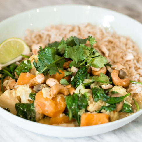 EASY WARMING COCONUT CURRY