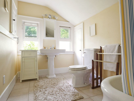 9 Ways to Keep Your Bathroom Clean Longer