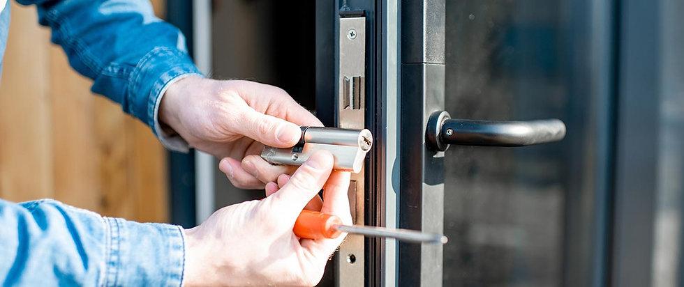 Commercial-Locksmith-Header.jpg