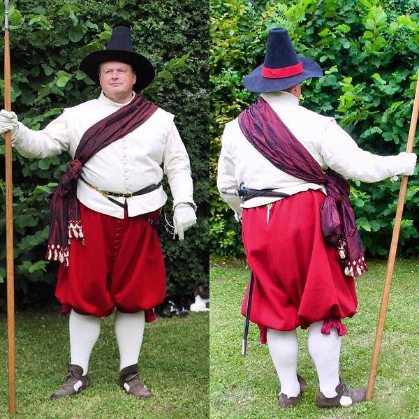 Reenactor Costume 1600