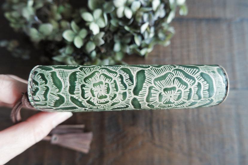 "leather binder, ""layered flower"", moss green, mini"