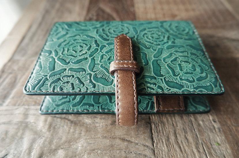 花柄の革製システム手帳 グリーン
