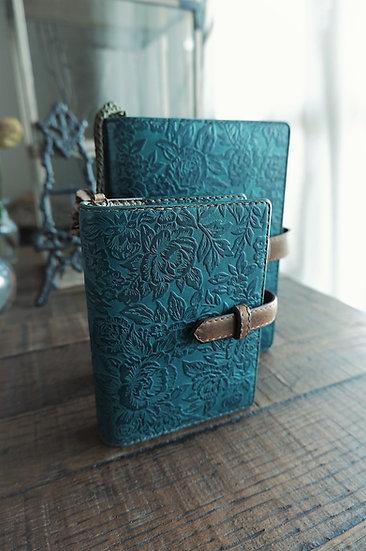 青緑の手作り革手帳