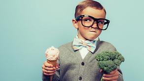 Criança só quer saber de doces e salgadinhos…