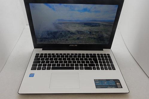 Asus X553M. Neuwertig. Laptop. Für Schul-  und Home Office Geeignet