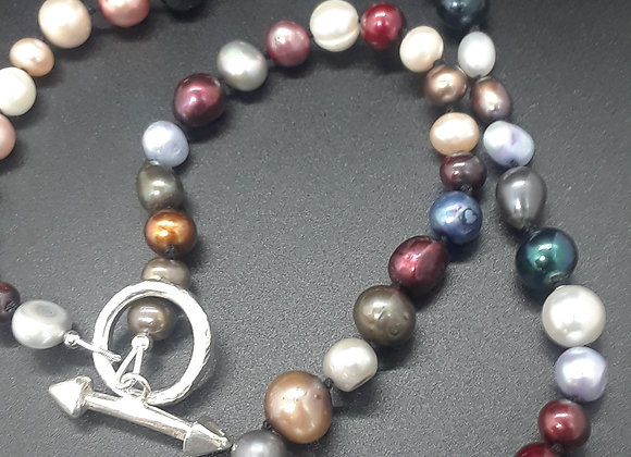 Multi-colored knotted Pearl Necklace