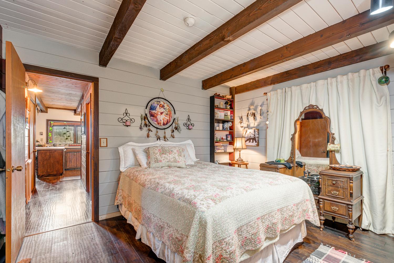 Bedroom_DSC_0083