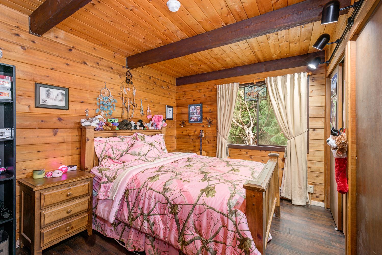 Bedroom_DSC_0098
