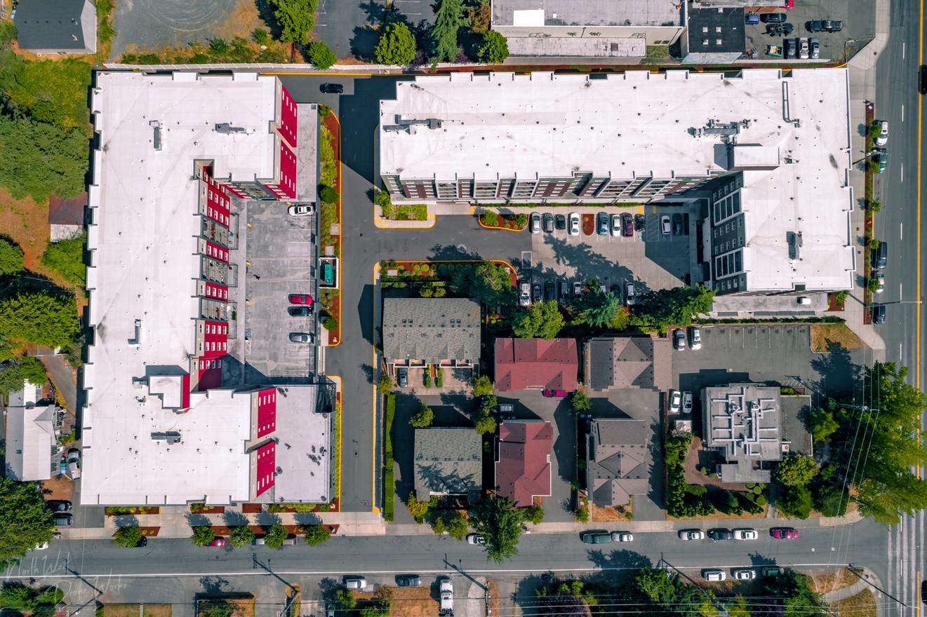 Multi-Unit Apartment Complex