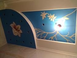 потолок над джакузи