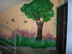 Роспись стен Подъезд с эльфами (стена, акрил, 10 м.кв.)