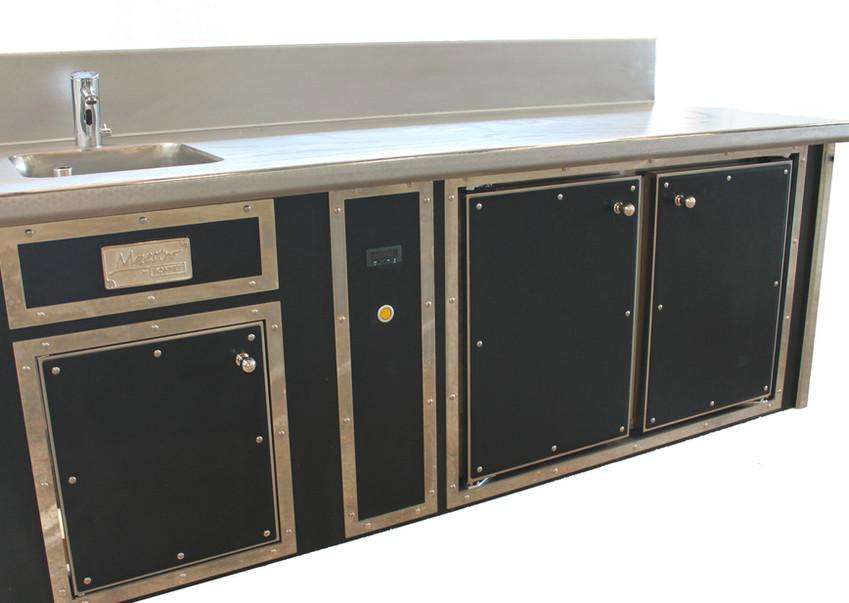Refrigerated cabinet_edited.jpg