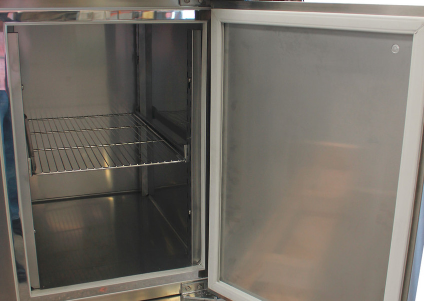 Refrigerated  cabinet 2_edited.jpg