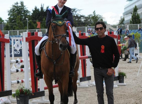 E2 Show Jumpers and Gallagher/Meller Sponsor and Recognize Young Riders at 2017 Dublin Horse Show