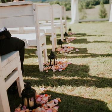 Aisle Decor & Ceremony Benches