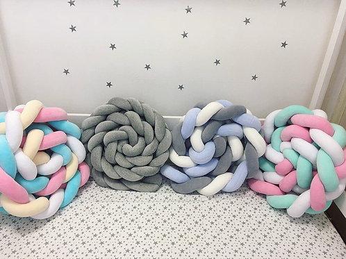 Бортик-косичка для прямоугольной кроватки из 3-х плетений