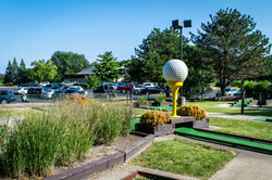 Sportsman's Country Club Mini Golf