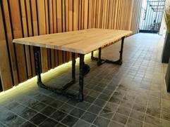 IMG_eiken design tafel tash simo interie