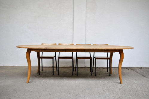Grote ovale tafel authentieke eiken tafels