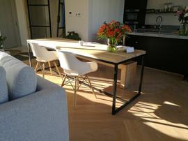 IMG_eiken design tafel hero zwart stalen