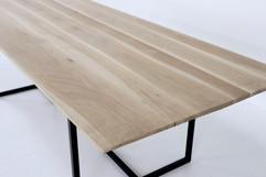 design tafel eik en staal maatwerk eiken