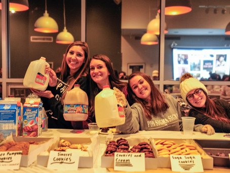 Phi Sigma Sigma's Milk and Cookies
