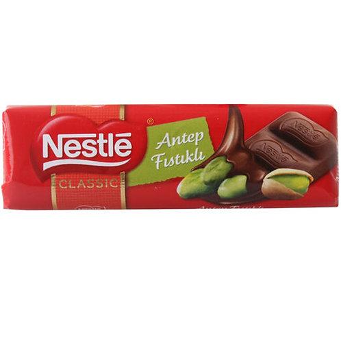 NESTLÉ CLASSIC Fıstıklı Çikolata (12x30g)