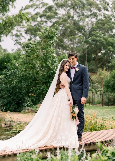 Paula & Damian's White Wedding Gold Coast Hinterland