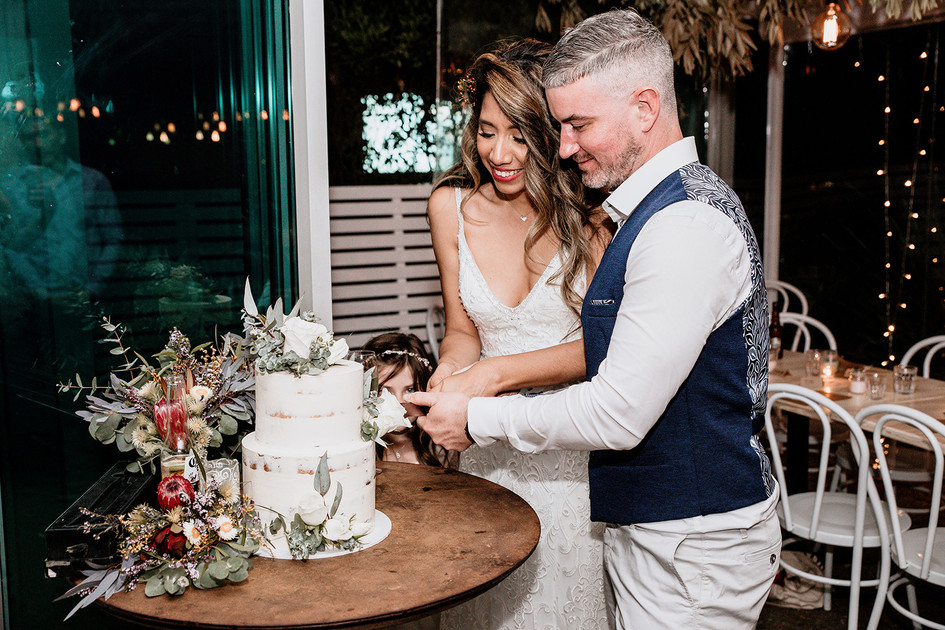 Cutting the Wedding Cake, Native Floral Accents