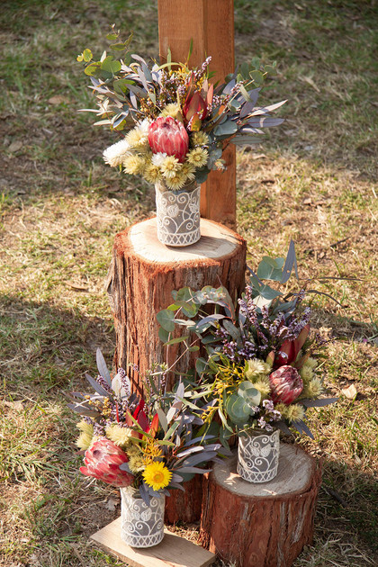 Native Flower & Log Round Arbour Detail