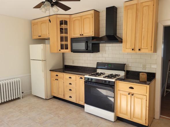 014 kitchen_01.jpg