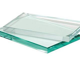 זכוכית שקופה