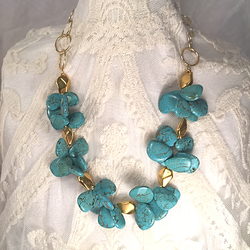 Turquoise Magnesite Cluster Necklace
