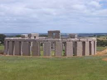 Esperance Stonehenge.jpg