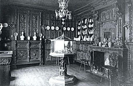 Photographie - Le musée Benoît-De-Puydt avant la destruction en 1918 durant la Première Guerre Mondiale