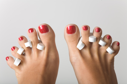 how_to_give_yoursef_an_at_home_pedicure.