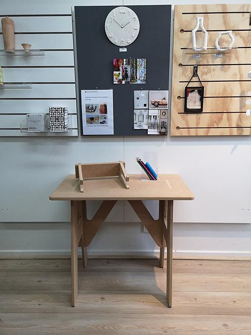 Isa 800 MDF Desk - Bonus Laptop Stand