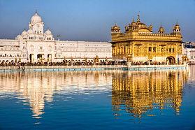 Harmandir-Sahib-Amritsar-Punjab-India.jp