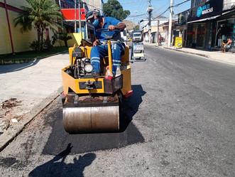 Prefeitura faz ação tapa-buracos em Sulacap e Magalhães Bastos
