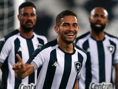 Botafogo vence o CSA e volta a respirar na Série B