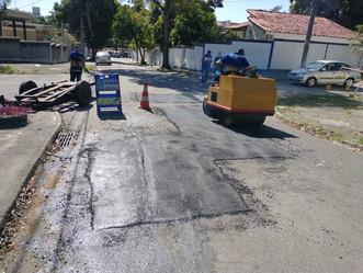 Ruas de Jardim Sulacap recebem ação tapa-buraco