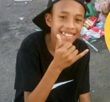 Adolescente de 14 anos morre durante operação da PM e moradores protestam na Intendente Magalhães